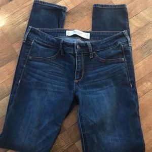 A&F Jeans. (Bin 13)